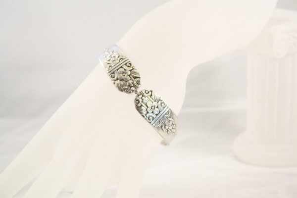 Arcadia Handle Bracelet