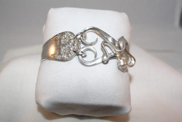 Artistic Heart Bracelet