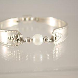 Bordeaux Pearl Bracelet