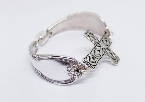 Filgree Cross Bracelet 2