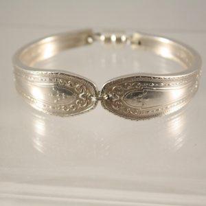 Hampton Court Handle Bracelet
