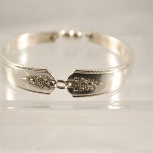 Linda Handle Bracelet