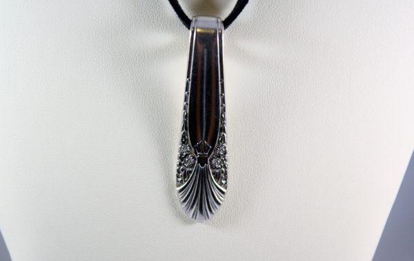 Radiance Handle Slide Necklace 2
