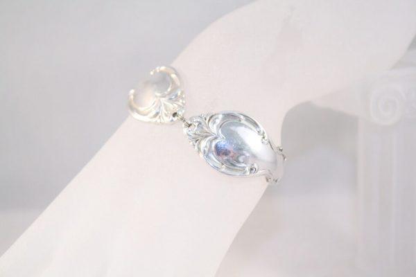 Silver Splendor Handle Bracelet\